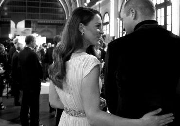 cariñosos así son las fotos 'poco comunes' que compartieron el príncipe William y Kate Middleton